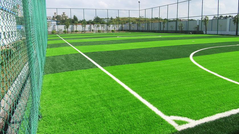 人造草足球场方案