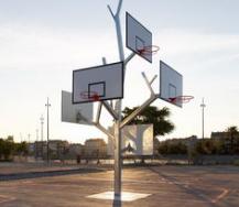 移动式篮球架如何进行清理
